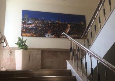צילום מתוך גרם המדרגות של משרד הפנים בקריית הממשלה, ירושלים